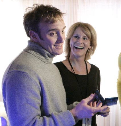 Jay Mohr bid am amazing $10,000 for a unique Nintendo DS in a charity auction